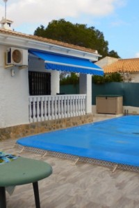 Detached House  in Los  balconies Torrevieja whith the plot 400m2