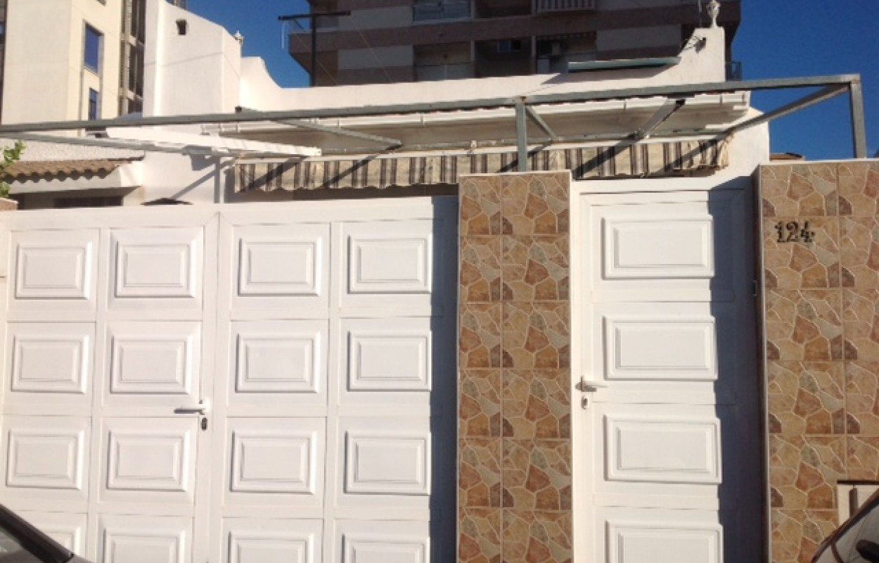 Bungalow reformado en Nueva Torrevieja por 108.900€