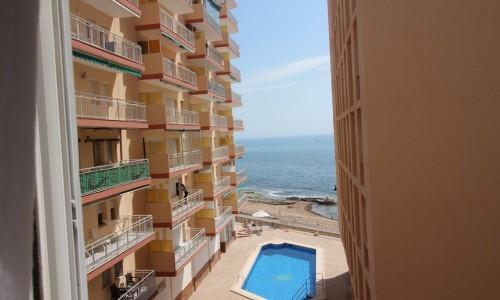 Квартира в Торревьехе на превой Линии Пляжа Дэль Кура 106.000 евро
