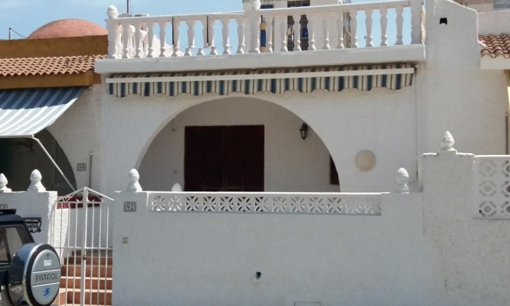 Bungalow en Torrevieja zona Nueva Torrevieja con 2 dormitorios