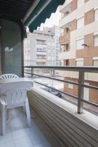 Apartamento 2 dormitorios  en Torrevieja calle la Sal a 100m de la playa del cura