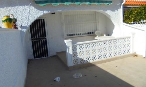 3-х комнатный Бунгало с садом в Торревьехе район новая Торревьеха