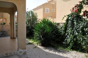 Bungalow  1 ch a Torrevieja avec jardin a cote de la plage