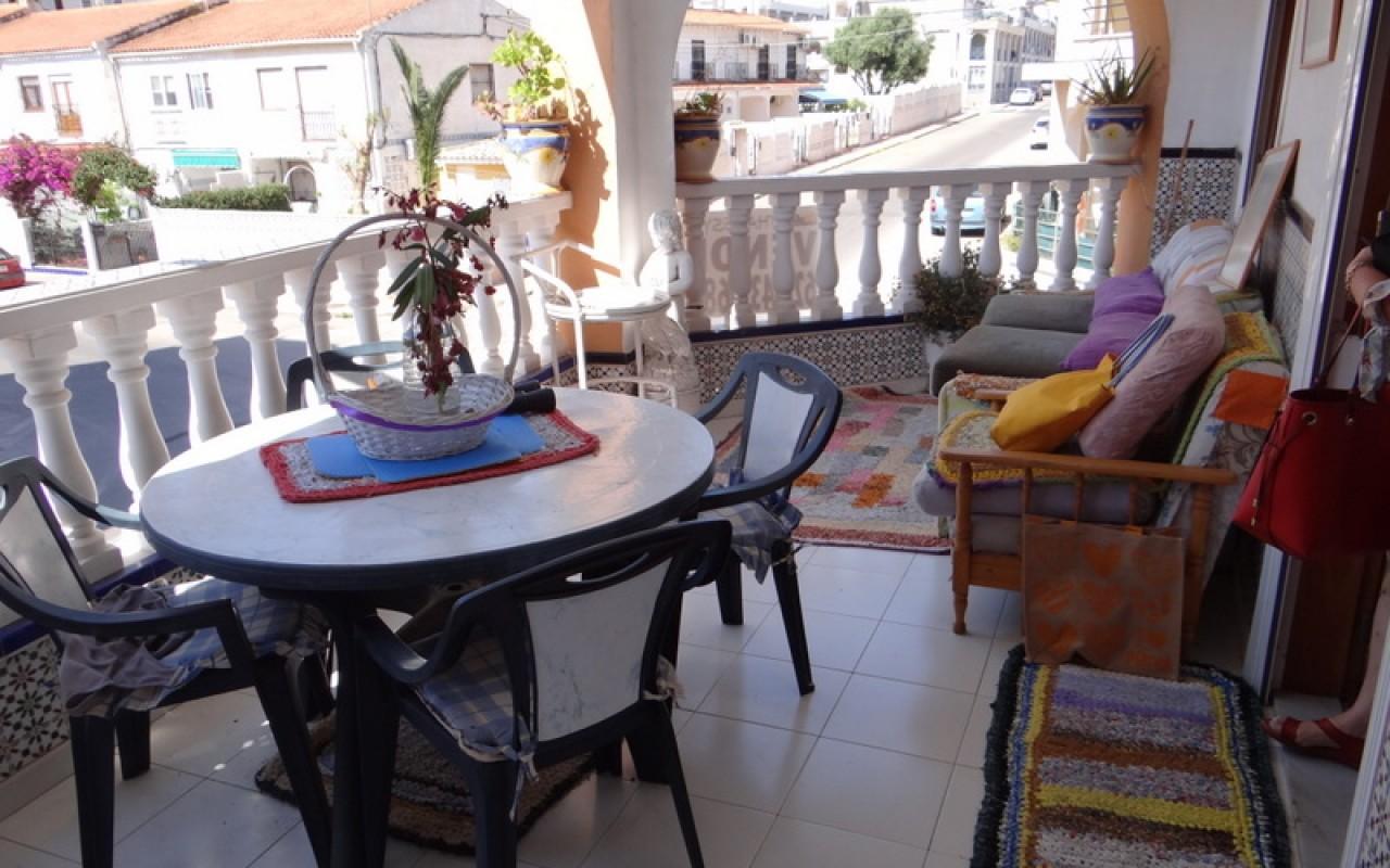 Квартира в Торревьехе с 3мя спальнями рядом с пляжем Дэль Кура €84000