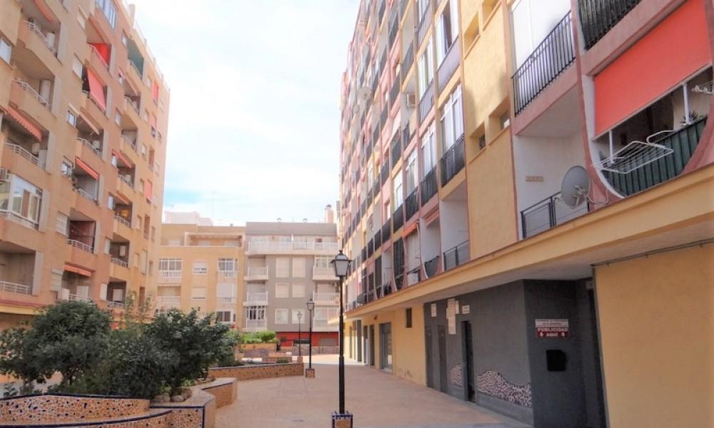 Piso en venta en calle los Gases, 56, Torrevieja