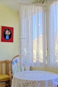Bungalow Planta Alta Un dormitorio Muy Amplio, en perfecto estado orientación Sur, Jardines,  a 200 metros de la Playa Los Naufragos