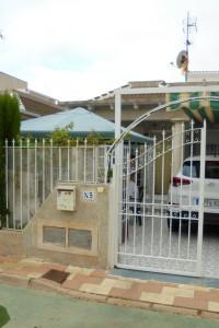 Bungalow  2 dormitorios sin Vecinos arriba  en La Siesta Torrevieja