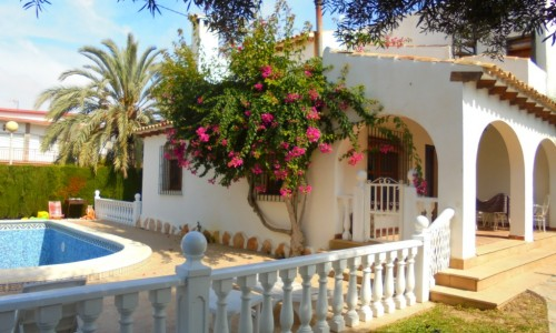 Villa For Sale in Cabo Roig Orihuela Costa