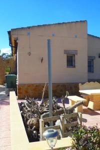 Finca con 2000m2 de parcela  con casa de 190m2 , totalmente reformada en San Fulgencio