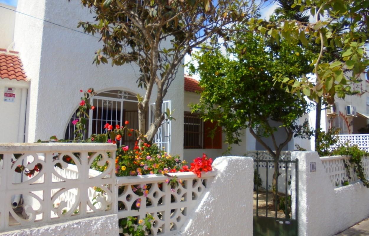 DUPLEX 3 dormitorios en Calas Blancas Torrevieja