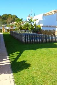 Villa De Lujo en Los Balcones Torrevieja con piscina privada