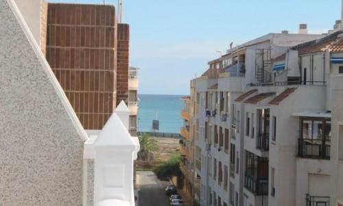 Новые квартиры у пляжа дель Кура , отличного качества !