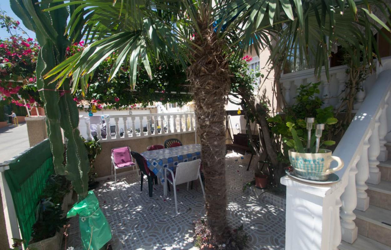 Bungalow con jardin en Los Balcones Torrevieja 75.000€