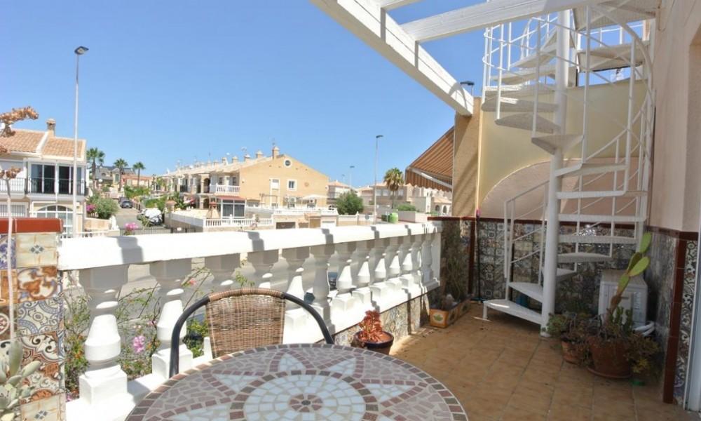 Bungalow pareado en venta en Nueva Torrevieja - Aguas Nuevas, Torrevieja Aguas Nuevas Bravomar 79.000€