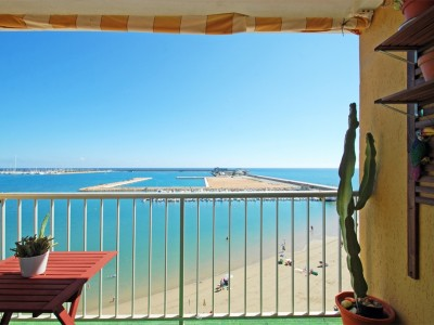 Apartamento Atico en Torrevieja  primera linea de la Playa 159.900€