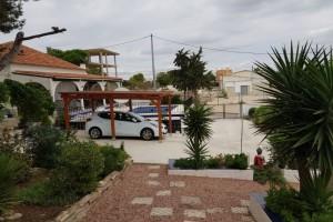 Villa whith the plot 1500m2 in San Miguel de Salinas