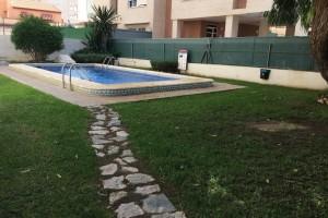 Apartamento de 2 dorm en Nueva Torrevieja con piscina